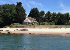 Superb beachfront house near St-Vaast in Normandy