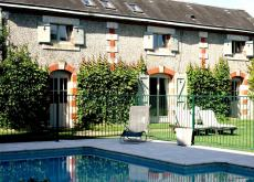 Beautiful 4 bed Dordogne cottage with Pool
