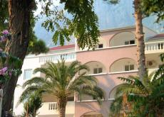 Discover Montenegro! 4 star holiday apartment
