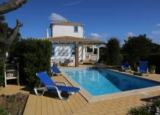 4 bedroom villa on 4 star Rocha Brava Algarve