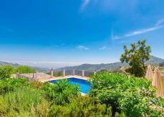 Andalusian villa for rent, sleeps 8