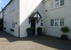 Cottage for Rent Winkfield Ascot area