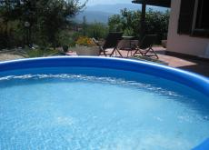 Abruzzo apartment with pool