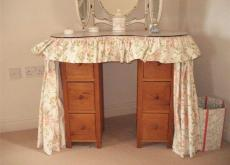 Lovely old pine kidney dressing table
