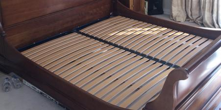 Kingsize sleigh bed for Sale