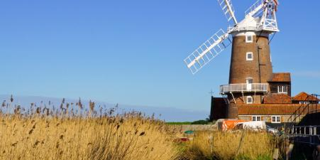 Come and stay at the iconic Cley Windmill