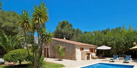 Idyllic villa- minutes from Pollensa & beaches