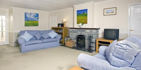 Rock Cornwall 4* Family home available Half term