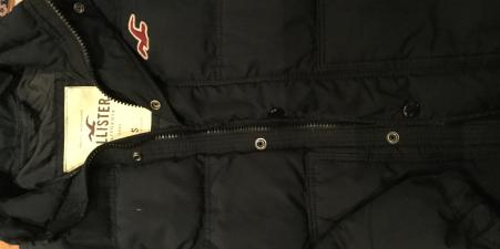 Navy blue Hollister puffa jacket size S