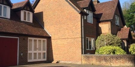 Twyford, Hampshire - 4 Bedroom House + Annex